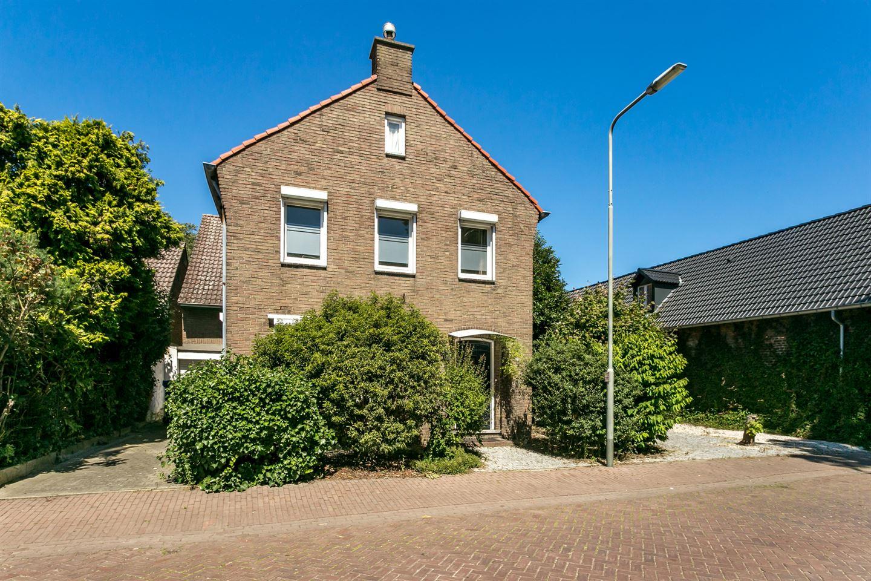 Bekijk foto 3 van Martinusstraat 38