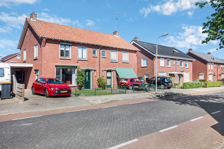 Bekijk foto 2 van Arend Baanstraat 72