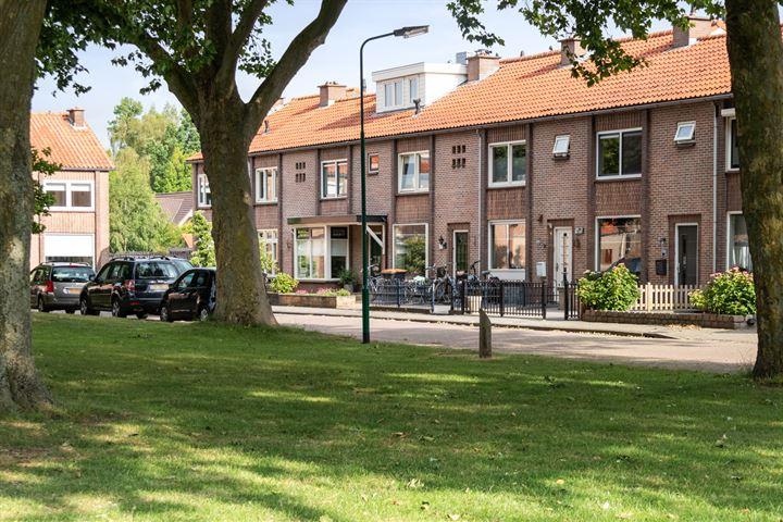 Willem Barentszstraat 19 *