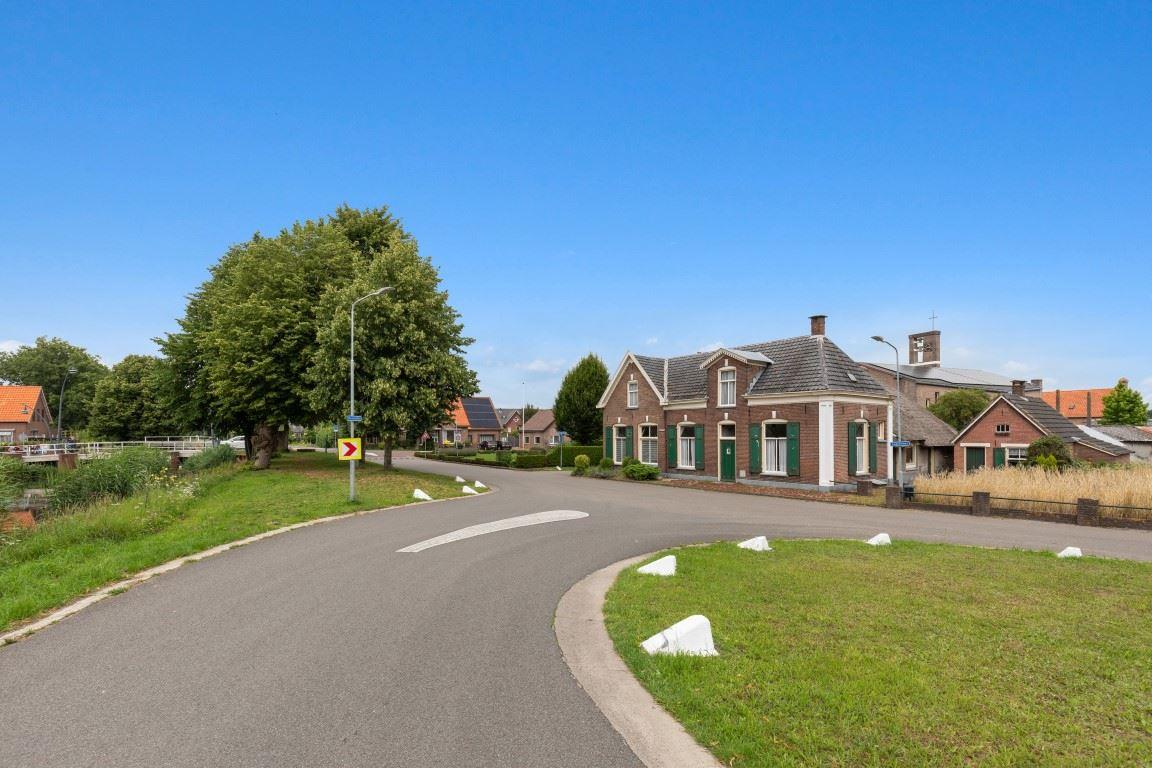 View photo 3 of Lagestraat 7