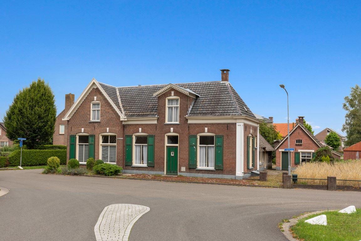 View photo 4 of Lagestraat 7