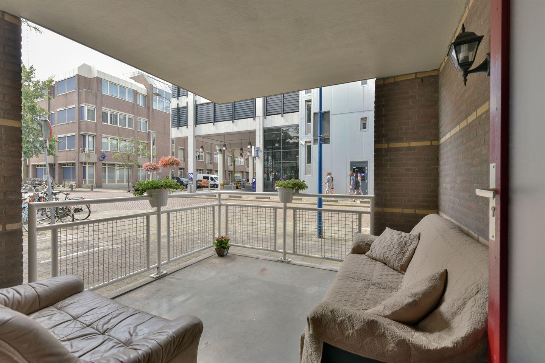 Bekijk foto 3 van Pastoor van Nuenenstraat 2