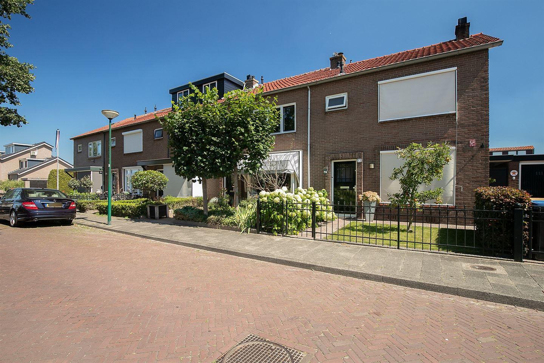 Bekijk foto 2 van Rembrandt van Rijnstraat 33