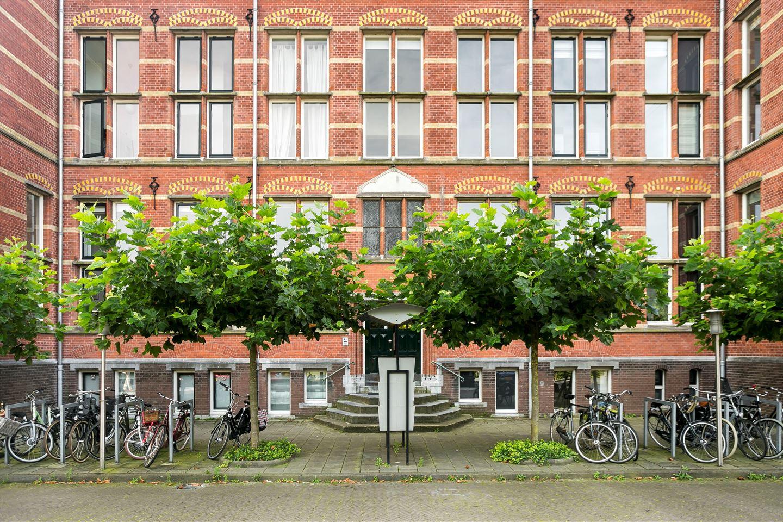 Bekijk foto 2 van Hugo de Grootstraat 83