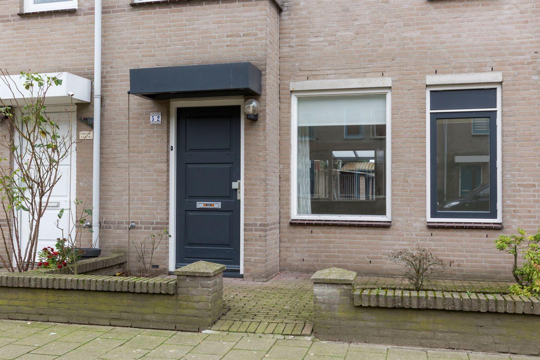Bekijk foto 4 van Lorentzstraat 52