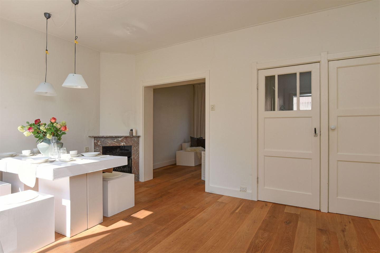 View photo 3 of Huizerpoortstraat 24