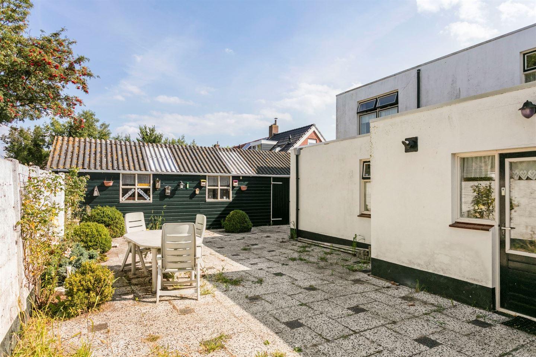 View photo 2 of Langeweg 10