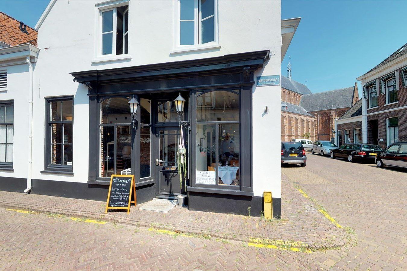 Bekijk foto 2 van Pastoorstraat 2