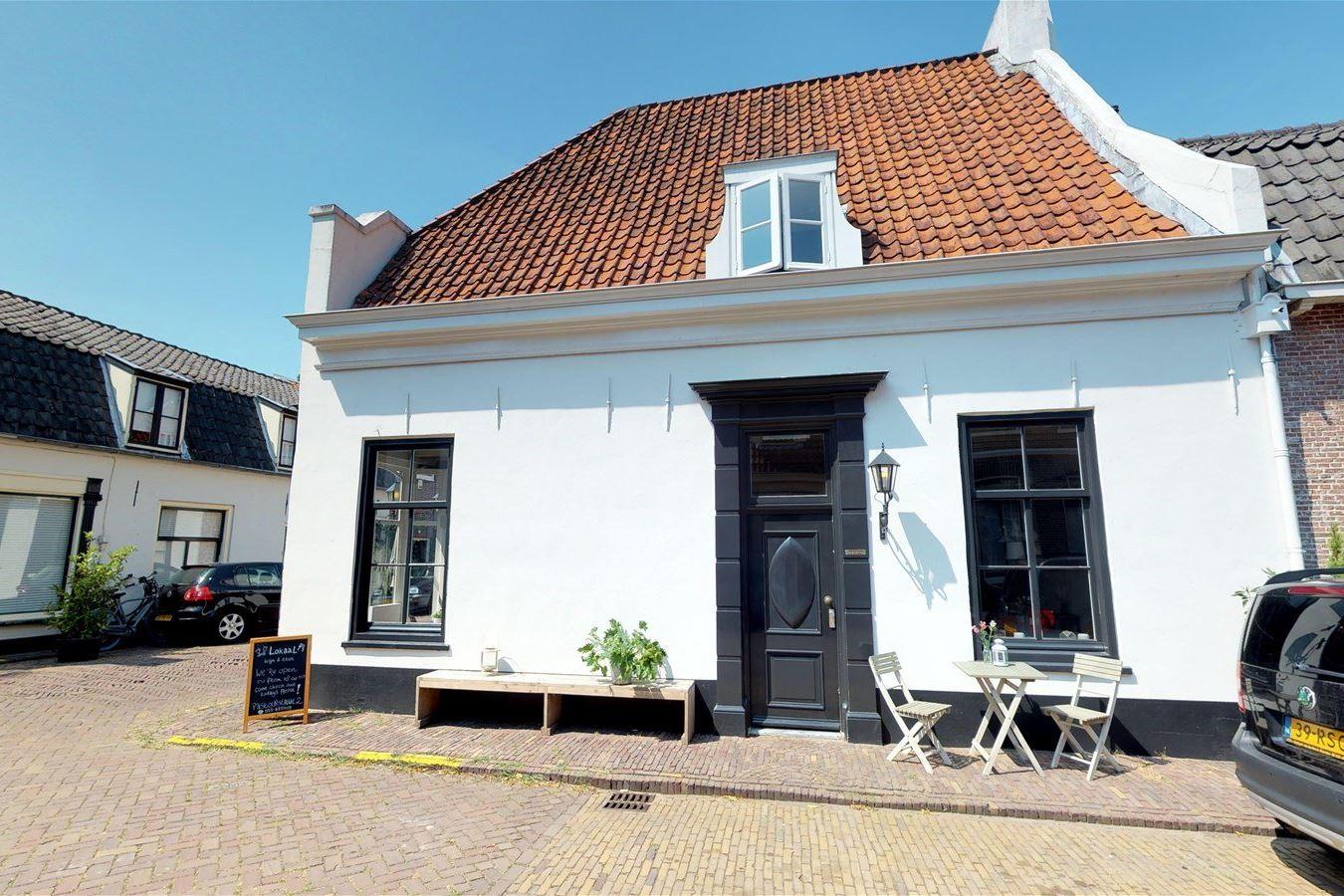 Bekijk foto 3 van Pastoorstraat 2