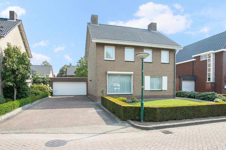 Bekijk foto 1 van Molenstraat 9
