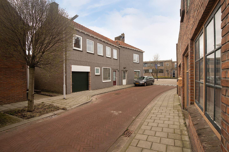 Bekijk foto 2 van Walstraat 2