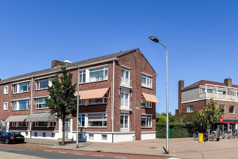 Bekijk foto 1 van Linnaeusstraat 171