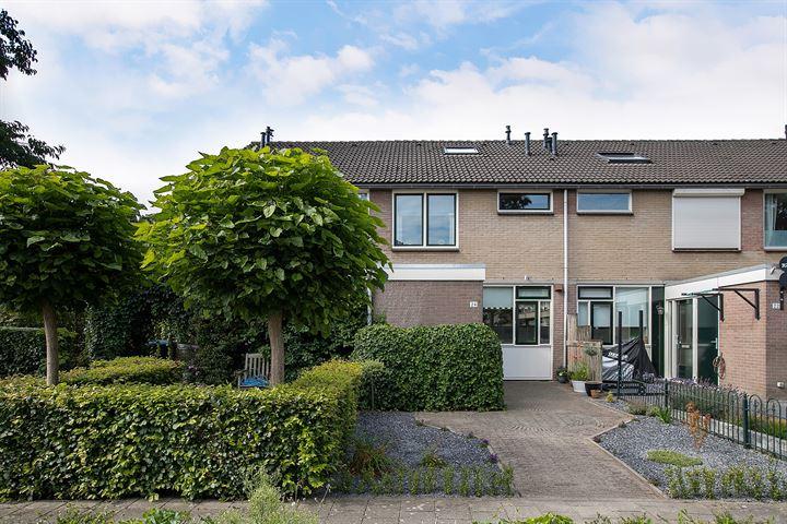 Oudenboschstraat 24