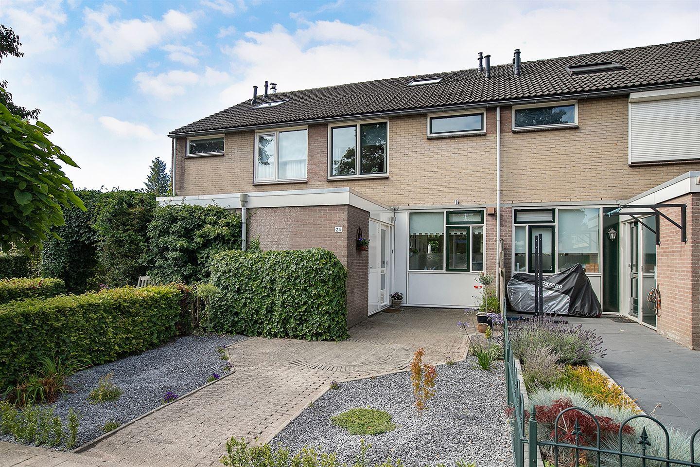 Bekijk foto 2 van Oudenboschstraat 24