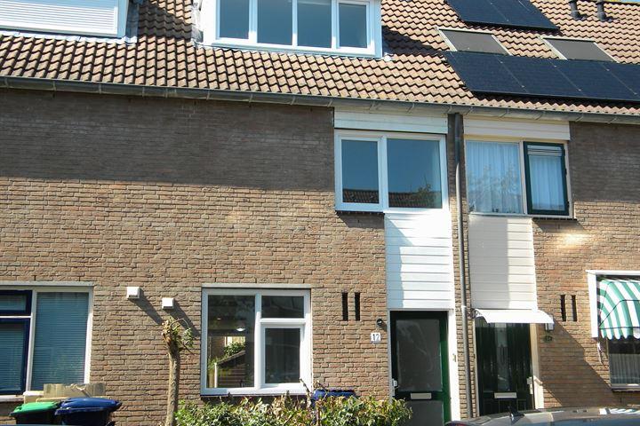J. Boezerstraat 12