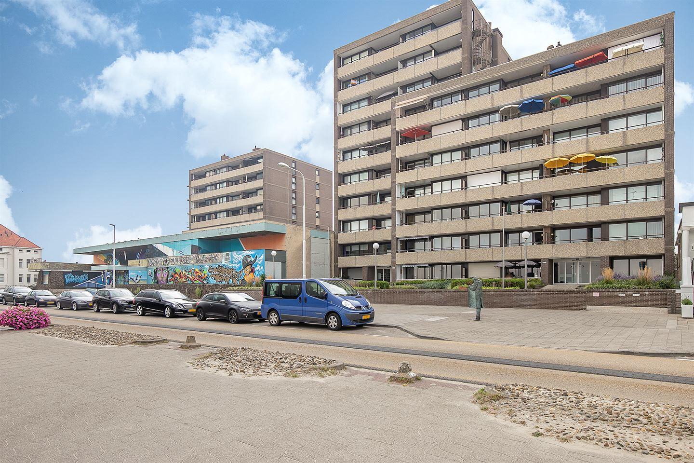 Bekijk foto 1 van Boulevard Evertsen 70