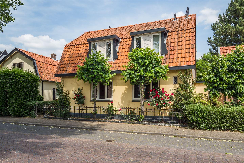 Bekijk foto 1 van Utrechtsestraatweg 59 a