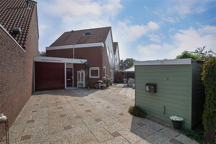 van Meeuwenstraat 6