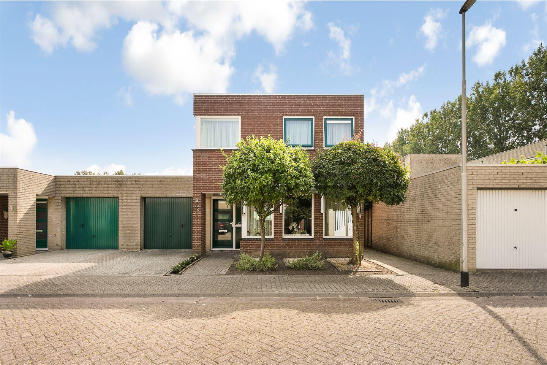 Bekijk foto 1 van Rijsdamstraat 12