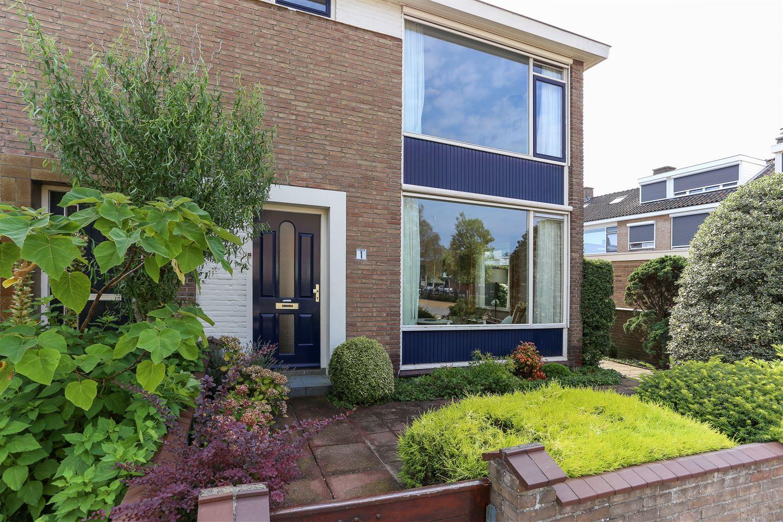 Bekijk foto 2 van van Nassau Dillenburgstraat 1