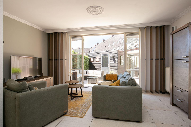 Bekijk foto 2 van Willem van Oranjestraat 24