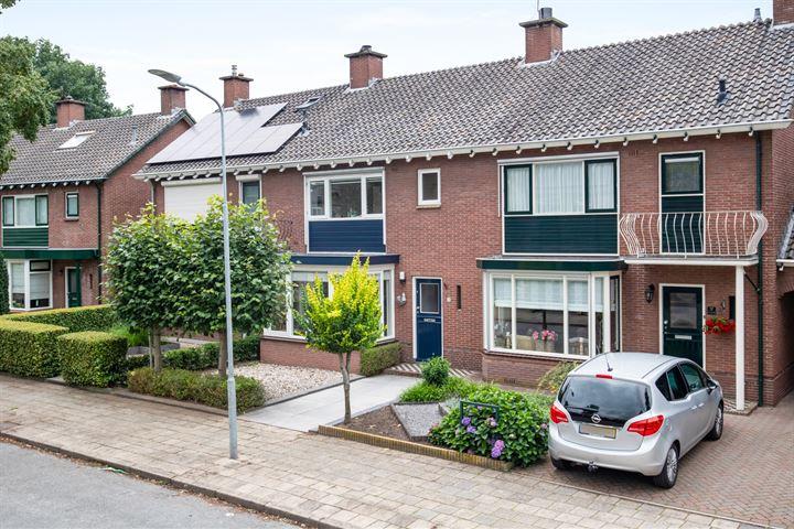 De Ruyterstraat 35