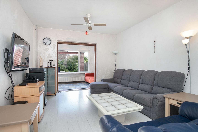 Bekijk foto 3 van Leenheerstraat 52
