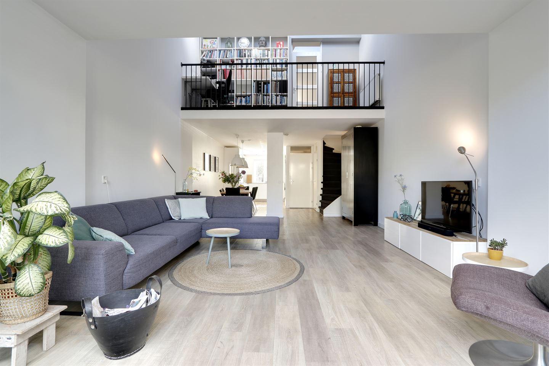 Bekijk foto 3 van Roeselarestraat 42