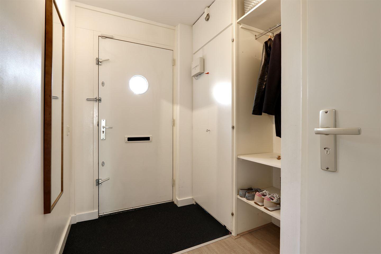 Bekijk foto 4 van Roeselarestraat 42