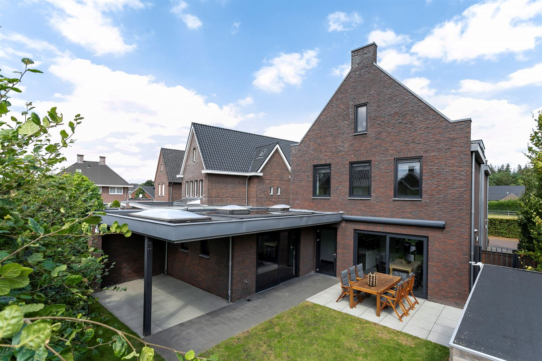 Bekijk foto 2 van Sluisweg 8