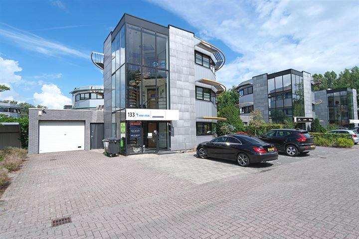 Randstad 22 133
