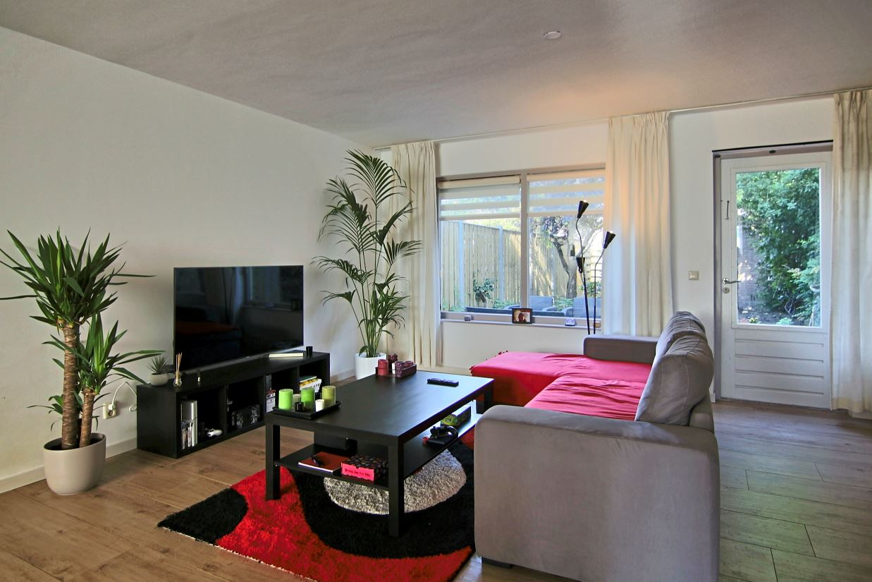 Bekijk foto 2 van Hoogkarspelstraat 55