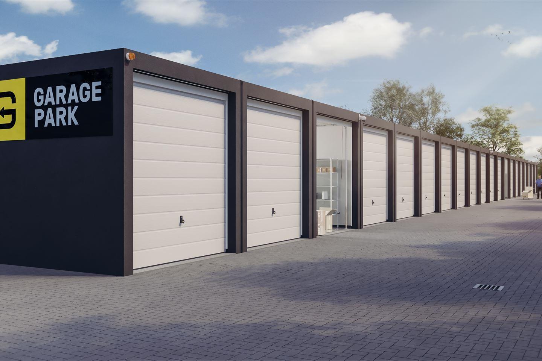 Bekijk foto 3 van Garagepark Middelburg XXL