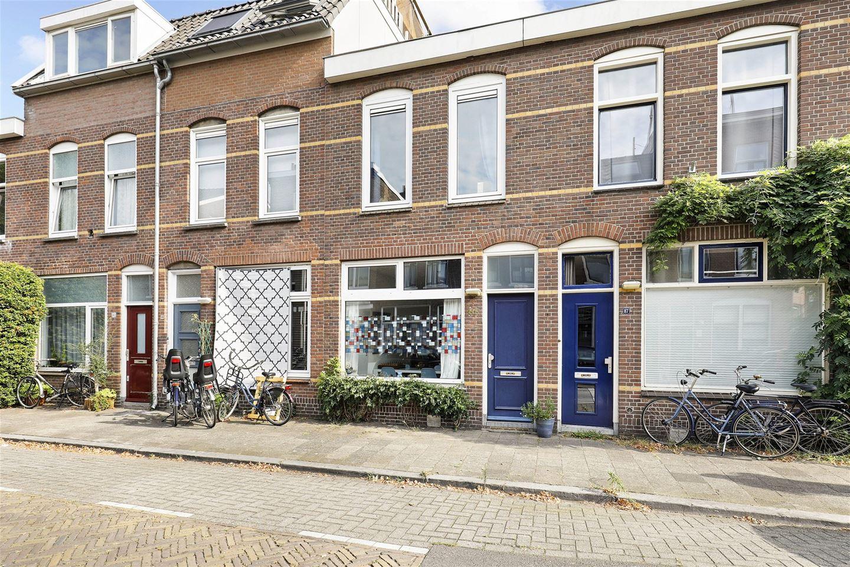 Bekijk foto 1 van Van Lennepstraat 89