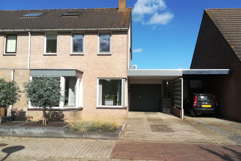 Bekijk foto 1 van Ooievaarshorst 77