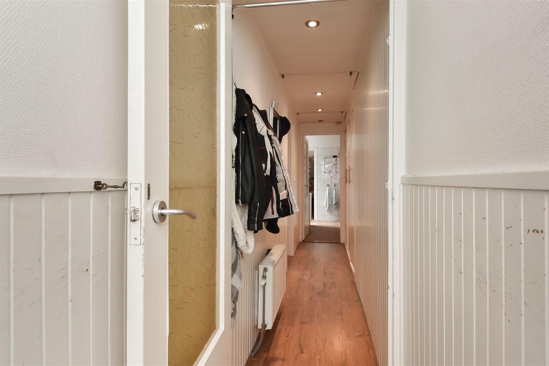 Bekijk foto 3 van Govert Bidloostraat 130