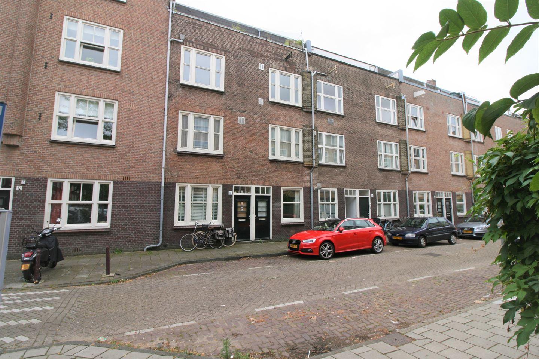Bekijk foto 1 van Uithoornstraat 19 2
