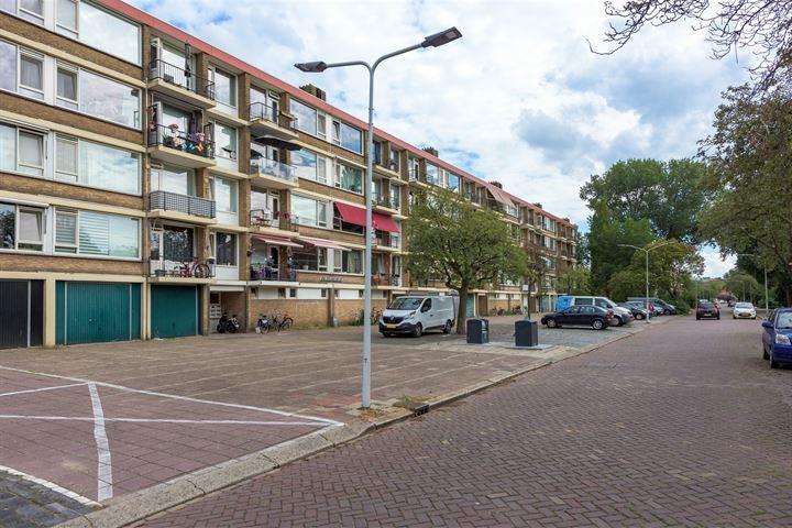 Bachstraat 332