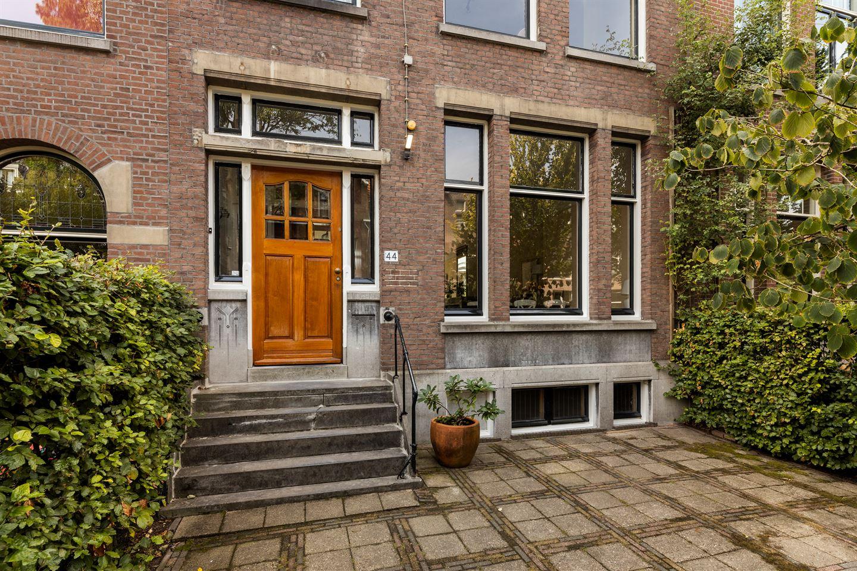 Bekijk foto 2 van Vredehofweg 44