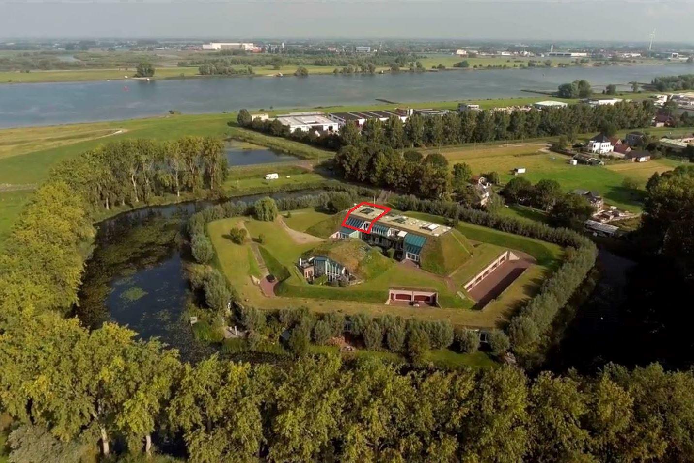 Bekijk foto 1 van Het Fort 7