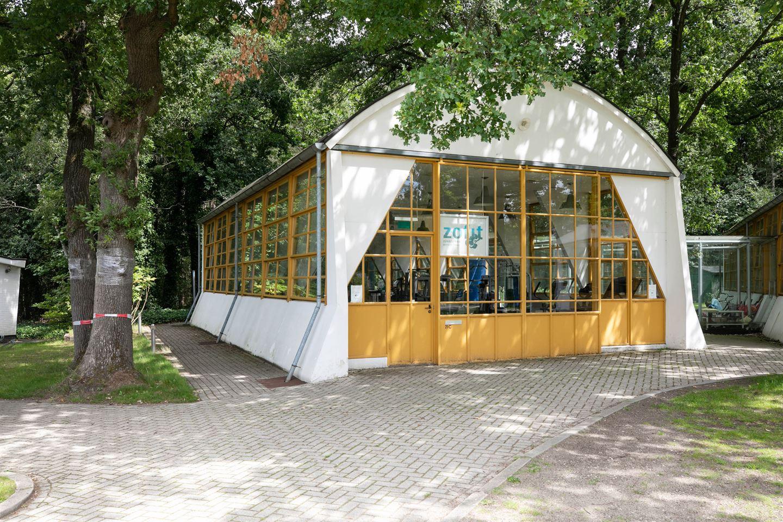 Bekijk foto 2 van Loosdrechtse Bos 21 C