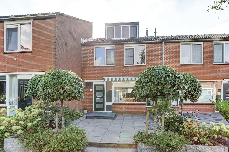 Bekijk foto 2 van Ruys de Beerenbrouckstraat 23