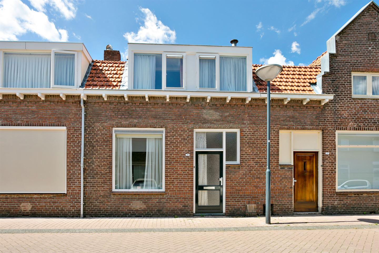 View photo 1 of St. Crispijnstraat 38