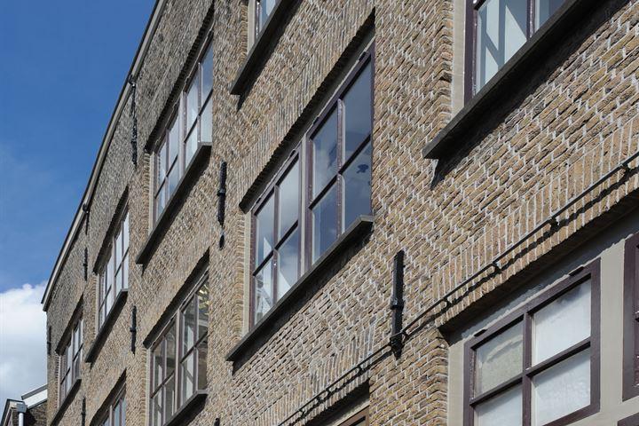 Dolhuisstraat 8