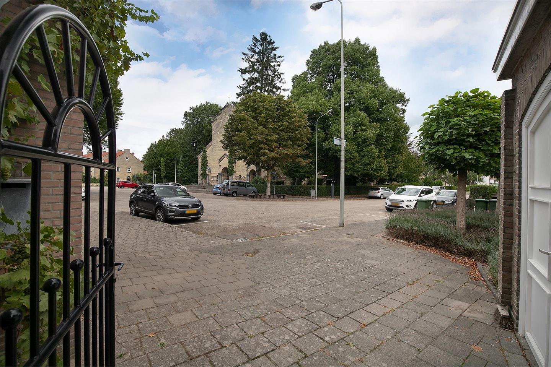 Bekijk foto 2 van Sint Willibrordusstraat 31 A