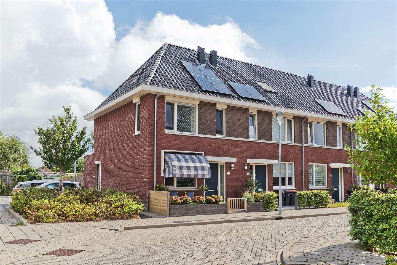 Bekijk foto 1 van Piet Lanserhof 39