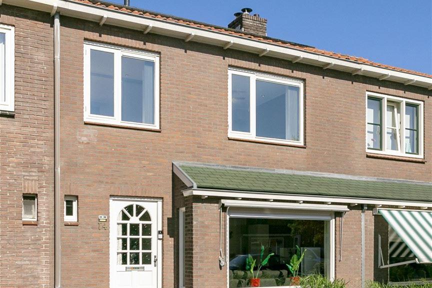 Bekijk foto 2 van Mr. Heemskerkstraat 14