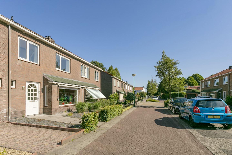 Bekijk foto 3 van Mr. Heemskerkstraat 14