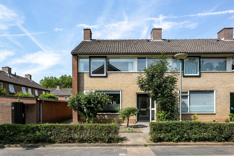 Bekijk foto 1 van Van den Boogaardstraat 10