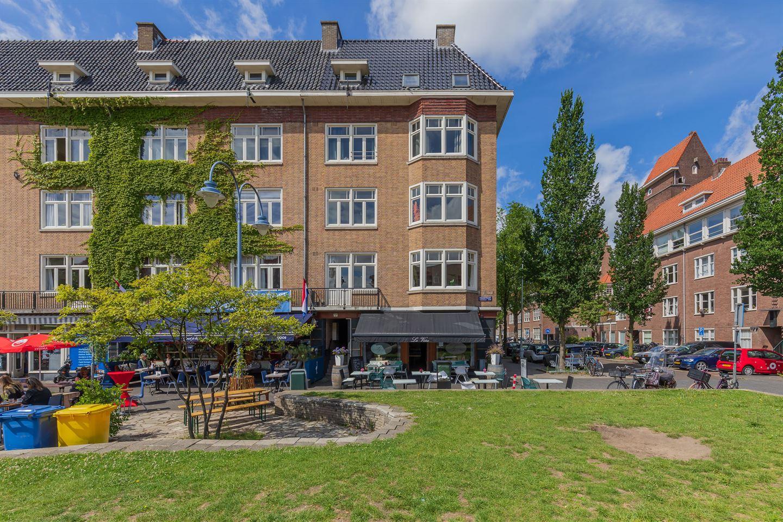 Bekijk foto 1 van Maasstraat 72